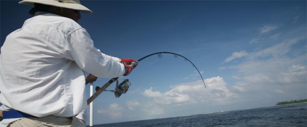 GT FISHING  CARANGUE IGNOBILIS MALDIVES ok