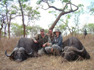 Doublé de buffle safari chasse tanzanie