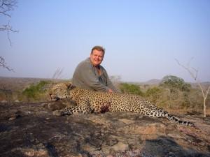 Léopard Paul safari chasse tanzanie