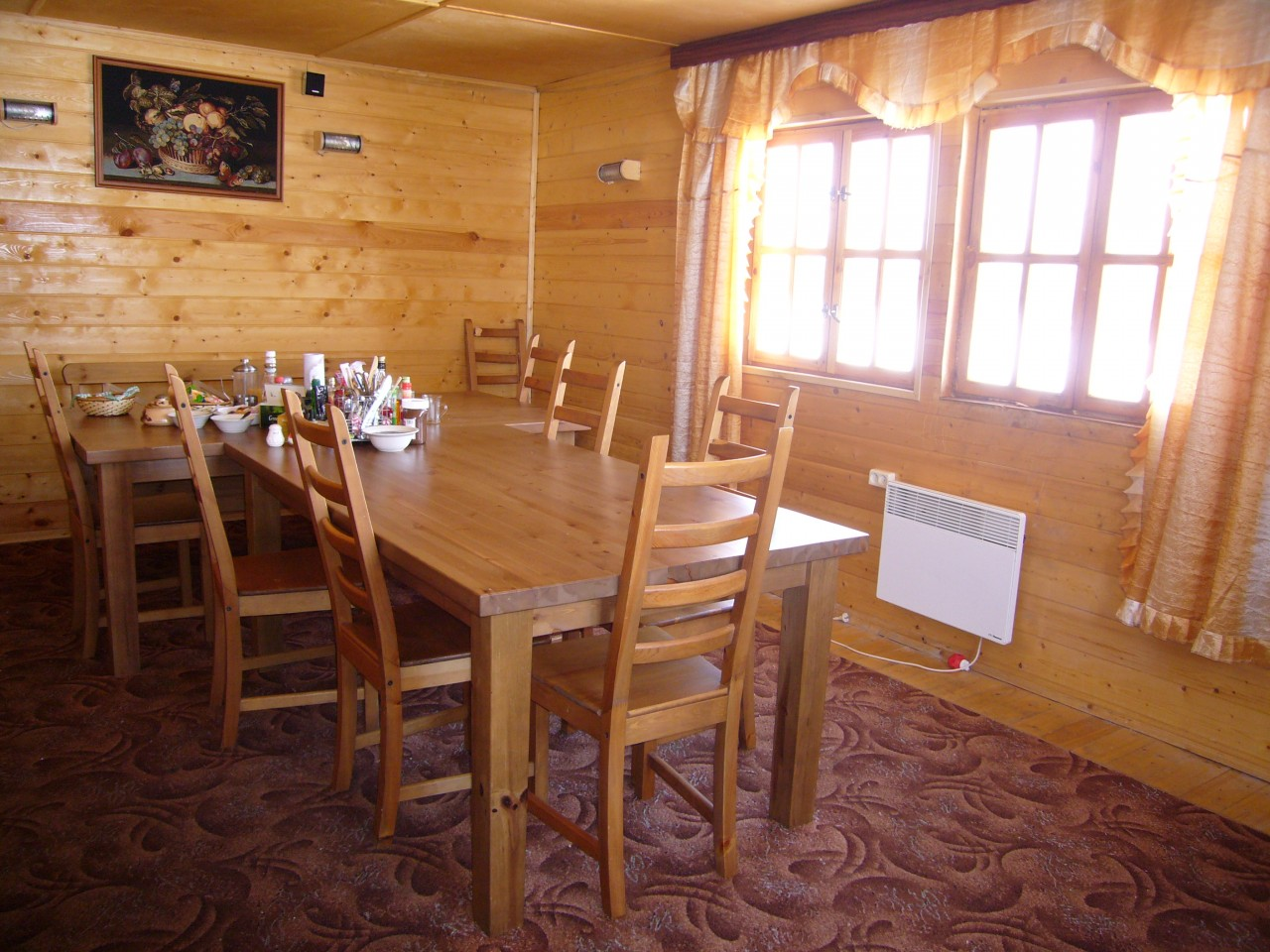 Salle manger kamchatka gp voyages for Salle a manger youtube