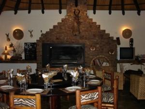 Salle à manger Okatore safari chasse namibie
