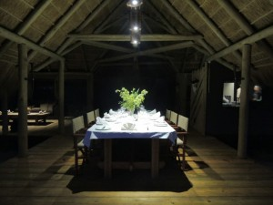 Salle à manger camp de chasse Namibie