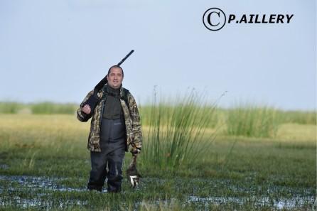 Copyright P.Aillery Chasseur dans le marais