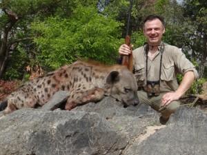Hyène Faro safari chasse Cameroun