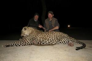 Leopard Vincent safari chasse zimbabwe